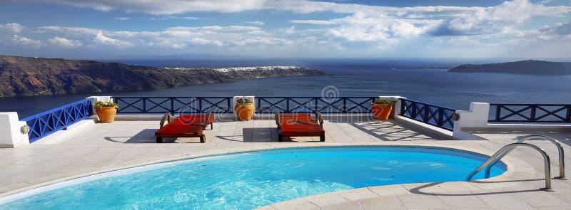 Terapia di rilassamento della piscina della stazione termale dell'intestazione fotografie stock libere da diritti