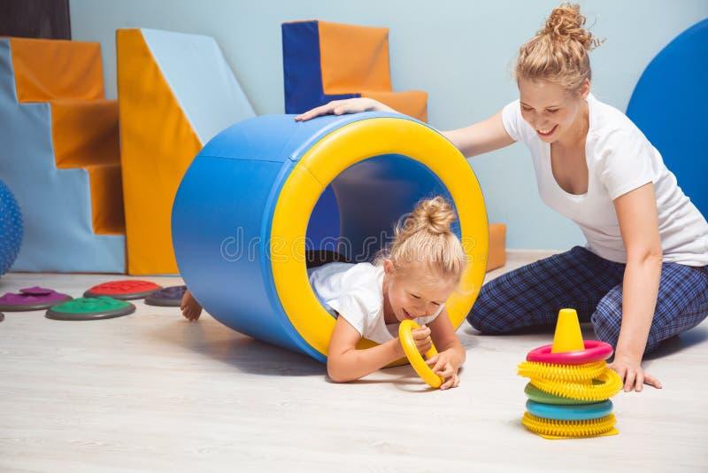 Terapia może być istnym zabawą! obrazy stock