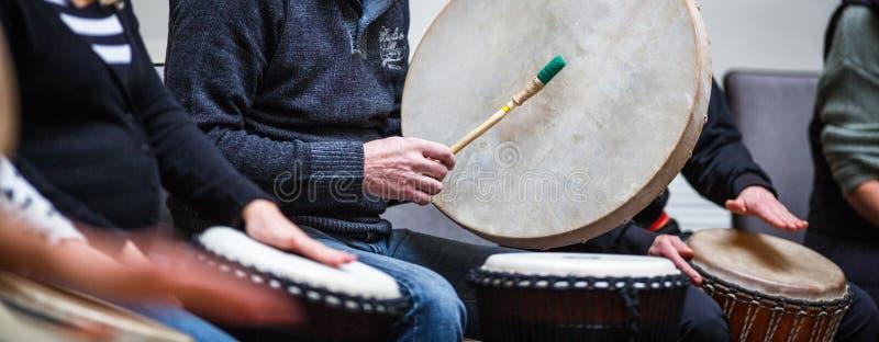 Terapia por música imágenes de archivo libres de regalías