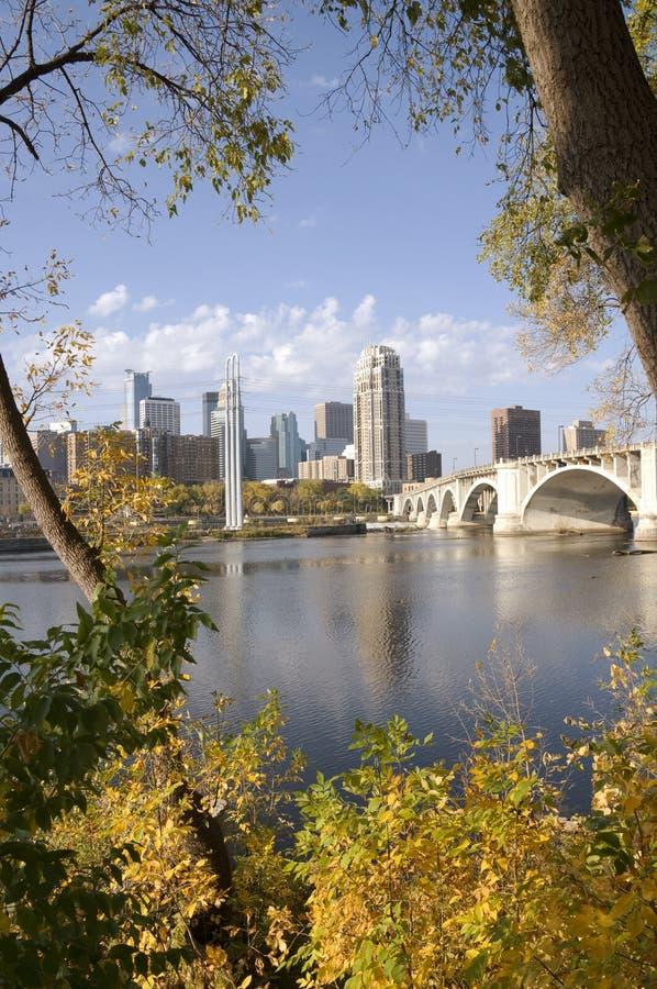 Terceira ponte da avenida em Minneapolis da baixa fotografia de stock royalty free