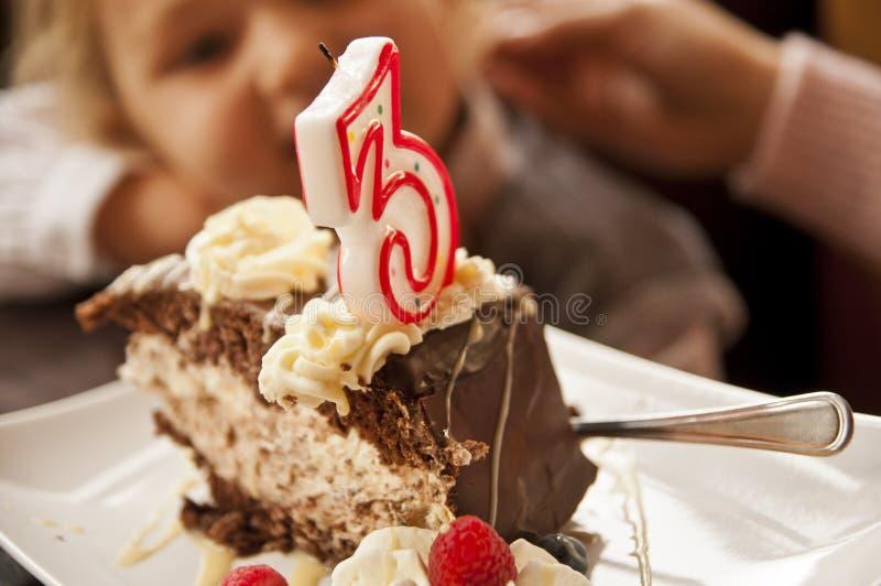 Terceiro aniversário - bolo de aniversário fotografia de stock