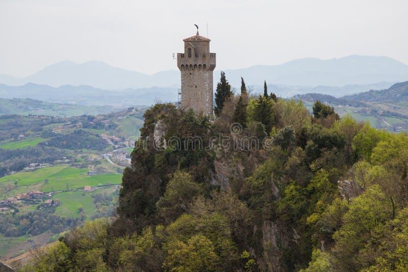 A terceiro torre ou Montale San Marino Republic Of San Marino imagens de stock