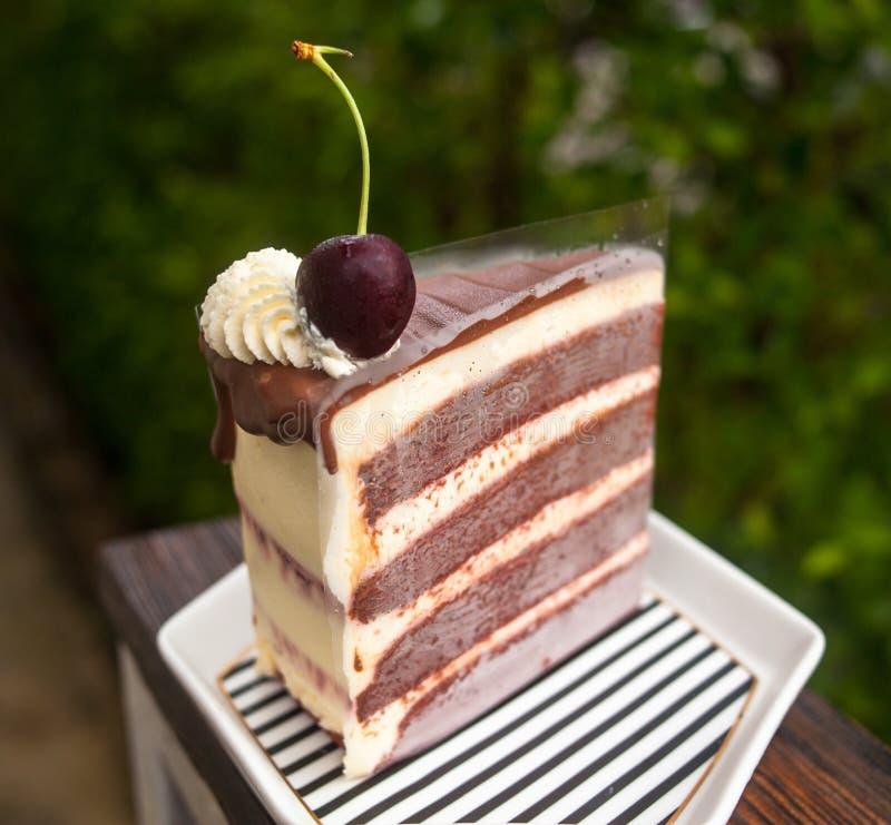 Terciopelo rojo Whip Cream Cheese Cake fotografía de archivo