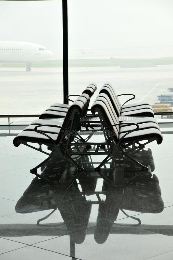 terenu lotniskowy czekanie obraz stock