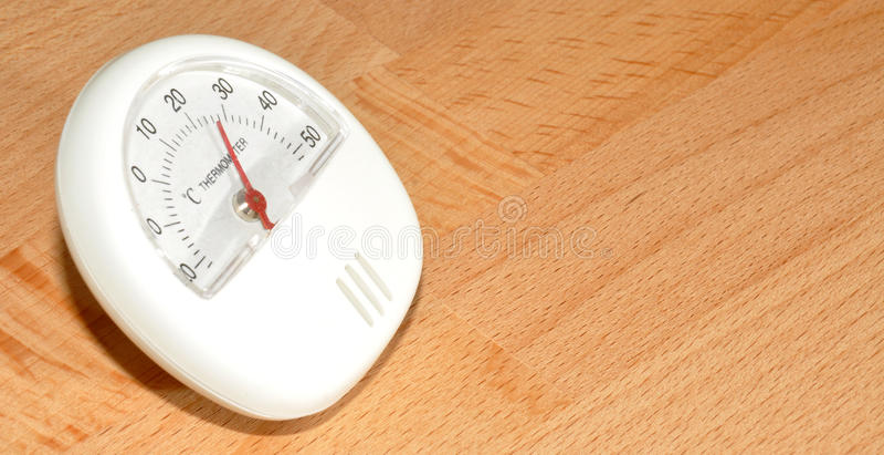 Download Termómetro Del Refrigerador Imagen de archivo - Imagen de temperatura, lectura: 42430913