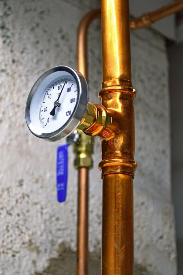 Termômetro da água quente imagens de stock royalty free