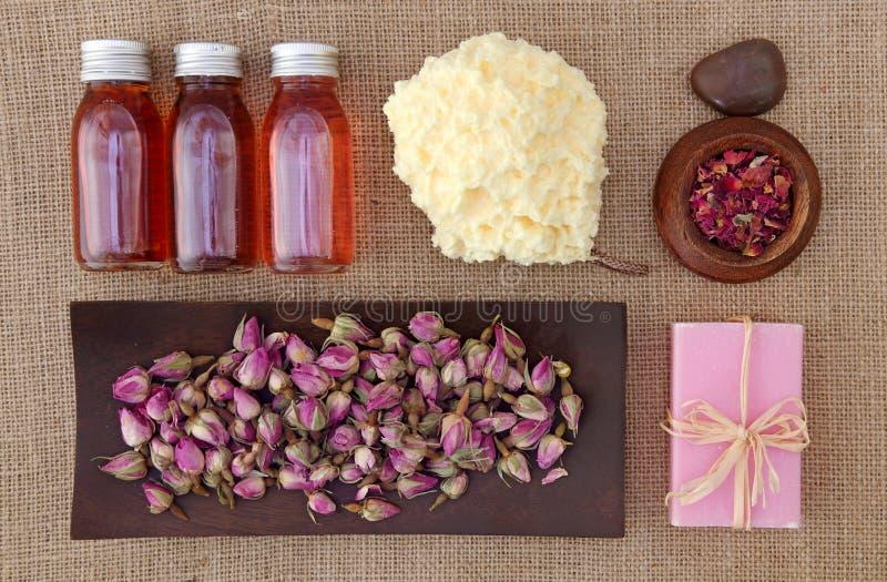 Termas das pétalas de Rosa foto de stock royalty free