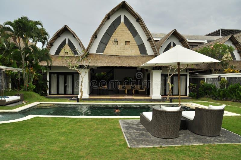 Termas e casa de campo luxuosos da retirada fotografia de stock royalty free