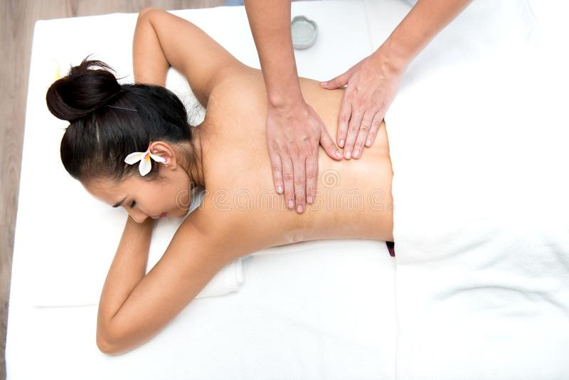 Termas e massagem tailandesa imagens de stock