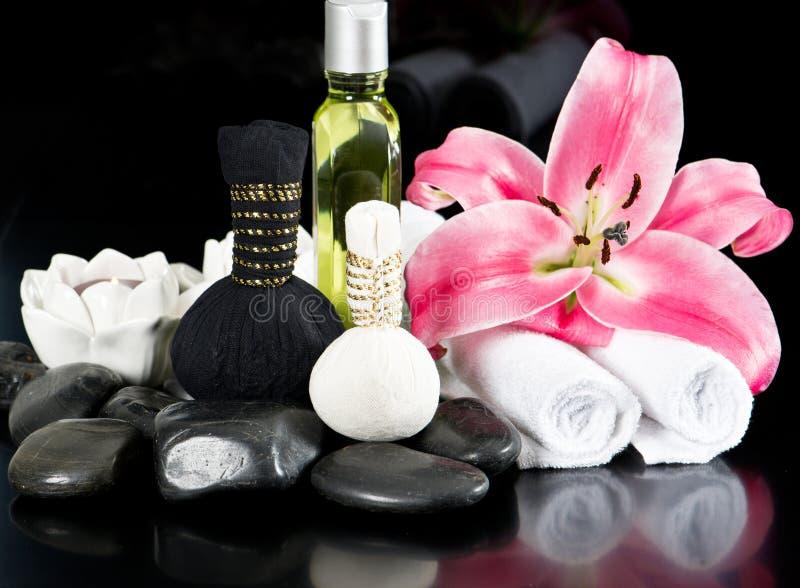 Termas e wellness. acessórios tailandeses da massagem imagem de stock