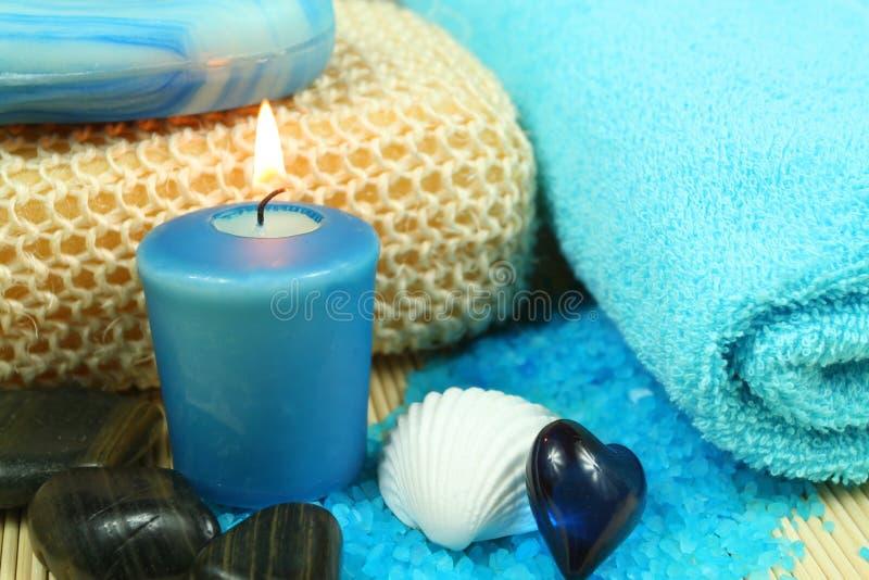 Termas e wellness no azul fotografia de stock