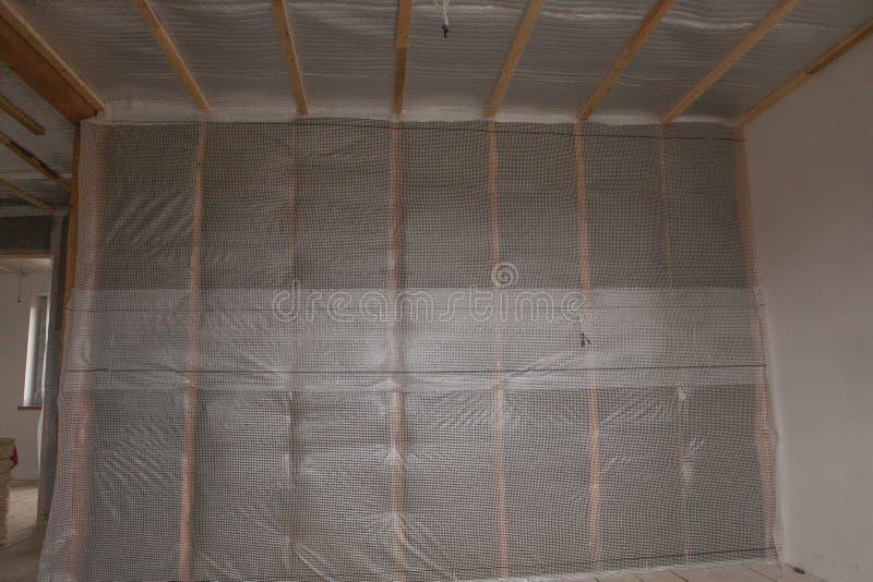 termiczny i hidro izolaci ściany izolaci budowy nowy mieszkaniowy dom fotografia royalty free