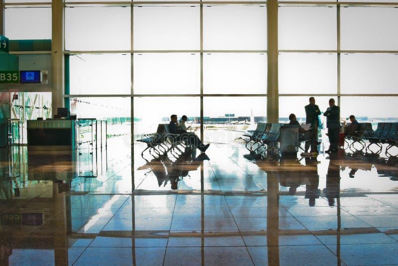 Terminal 1 en el aeropuerto de Barcelona fotos de archivo