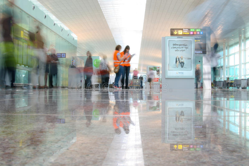 Terminal 1 no aeroporto de Barcelona fotografia de stock royalty free