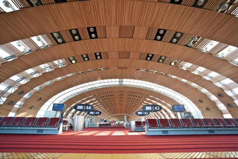 Download Terminal 2E Of Paris - Charles De Gaulle Airport Editorial Photography - Image: 19706077