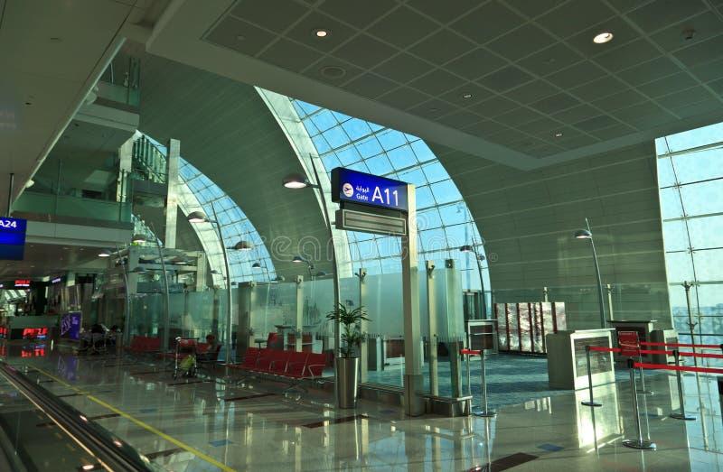 Terminal 3 do aeroporto de Dubai fotos de stock royalty free