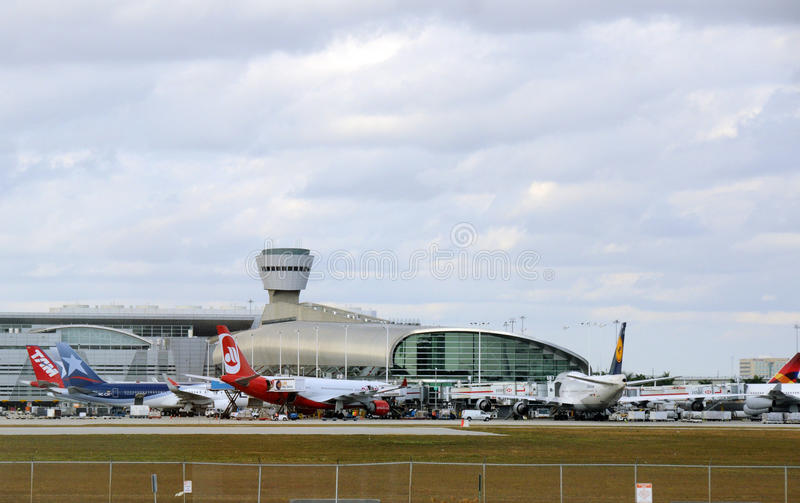 Terminal d'aéroport de Miami photo stock