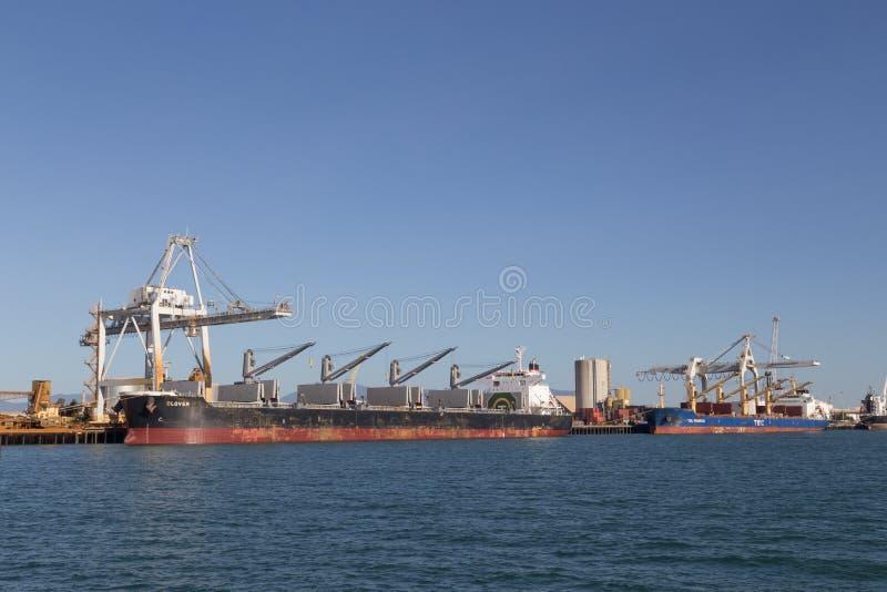 Terminal de contenedores en Townsville, Australia imagen de archivo