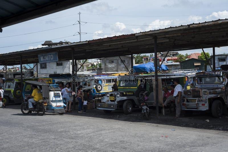 Terminal de Jeepneys em Legazpi nas Filipinas imagens de stock