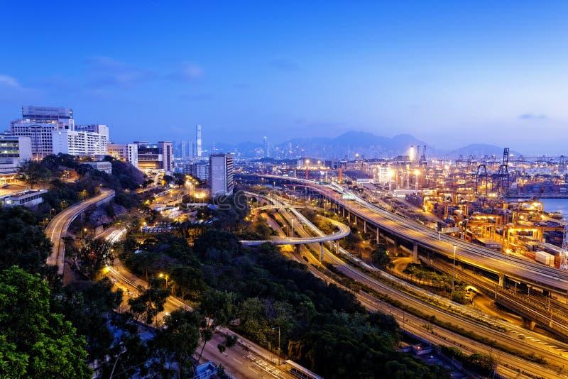 Terminal de recipiente e ponte do stonecutter em Hong Kong fotografia de stock royalty free