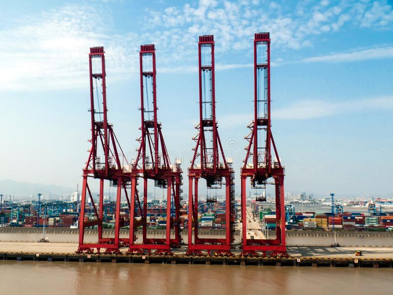 Terminal de recipiente em Ningbo, China fotografia de stock