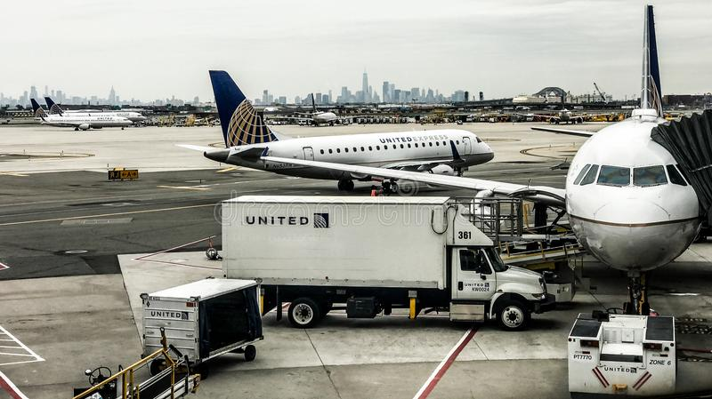 Terminal de United Airlines en Newark Liberty International Airport fotografía de archivo