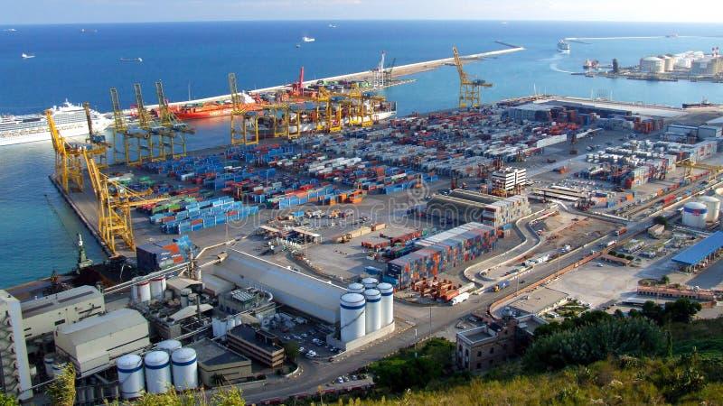 Terminal do porto da carga em Barcelona imagem de stock royalty free