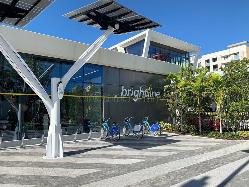 Terminal do trem de Brightline possuído agora pelos trens EUA do Virgin fotos de stock royalty free