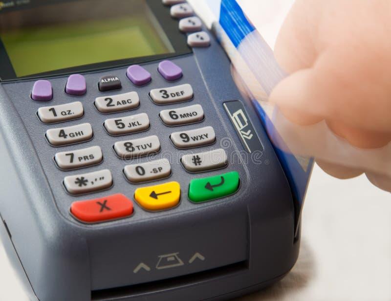 Terminal par la carte de crédit images libres de droits