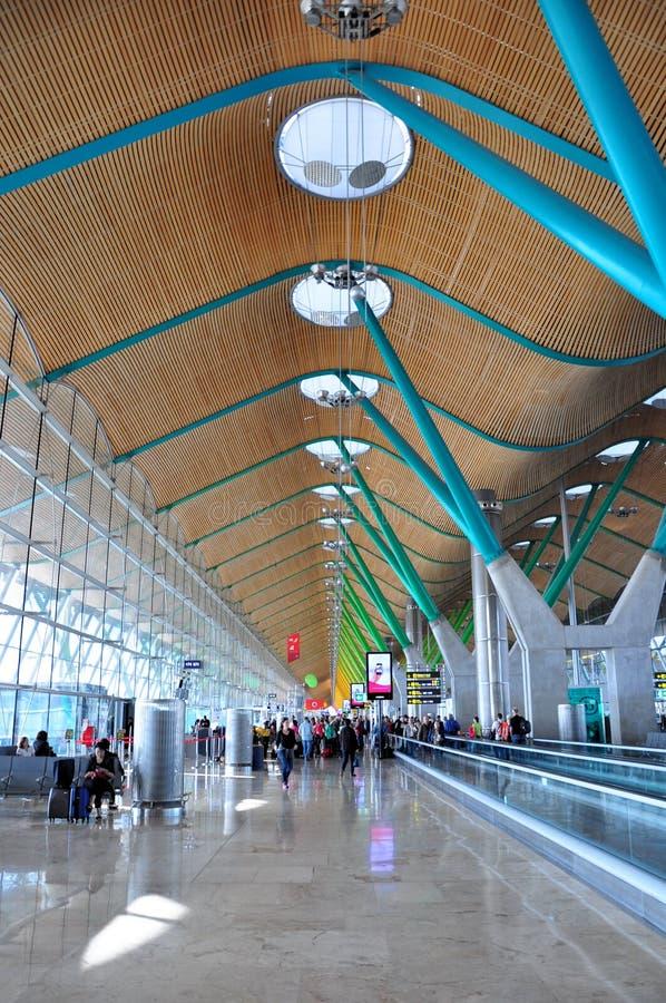 Terminal t4 at madrid airport editorial image image of - Terminal ejecutiva barajas ...