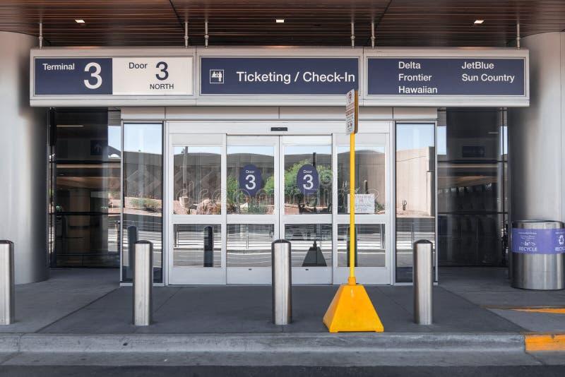 Terminale di aeroporto internazionale del porto del cielo di Phoenix tre fotografie stock libere da diritti