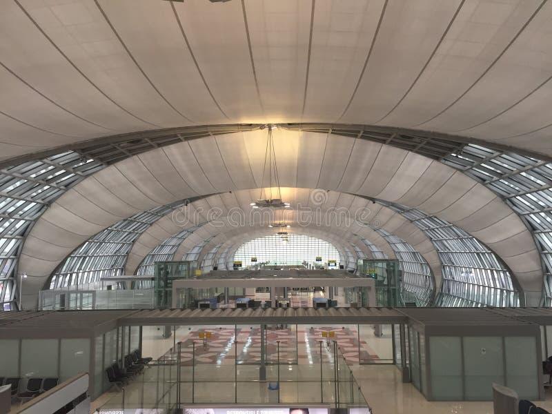 Terminale di aeroporto internazionale in Tailandia immagini stock libere da diritti