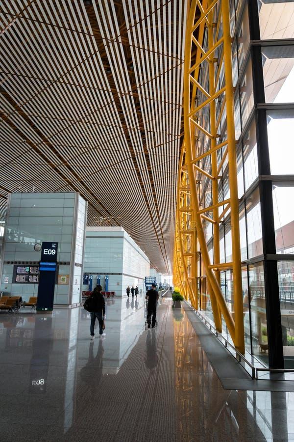 Terminale nell'aeroporto internazionale capitale di Pechino in Cina fotografie stock libere da diritti