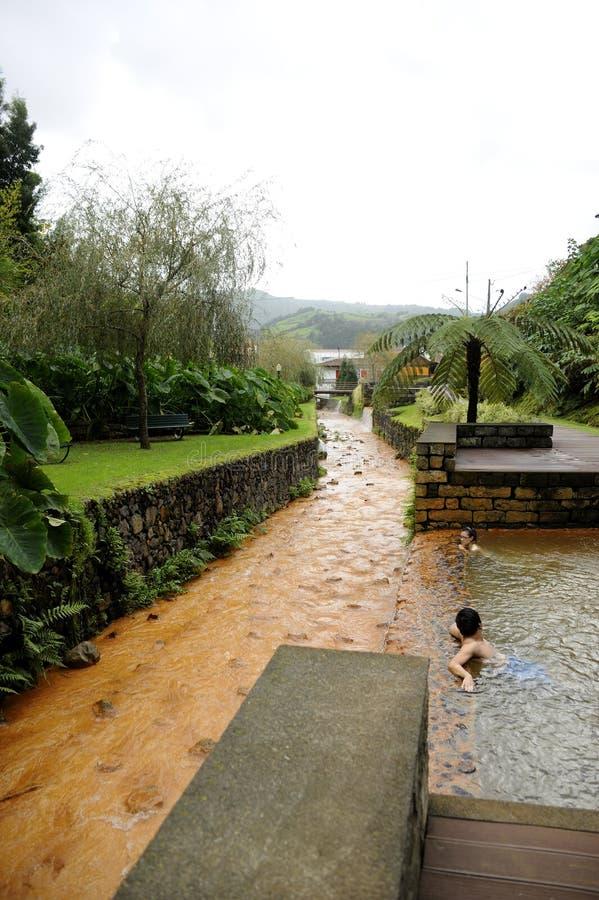 Termisk pöl i Azoresna arkivbilder