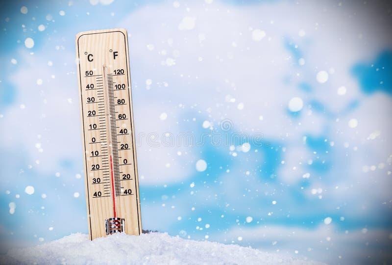 Termometer i snow royaltyfri illustrationer