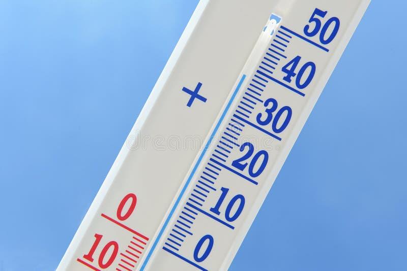 Download Termometr obraz stock. Obraz złożonej z gorący, wysoki - 57666121