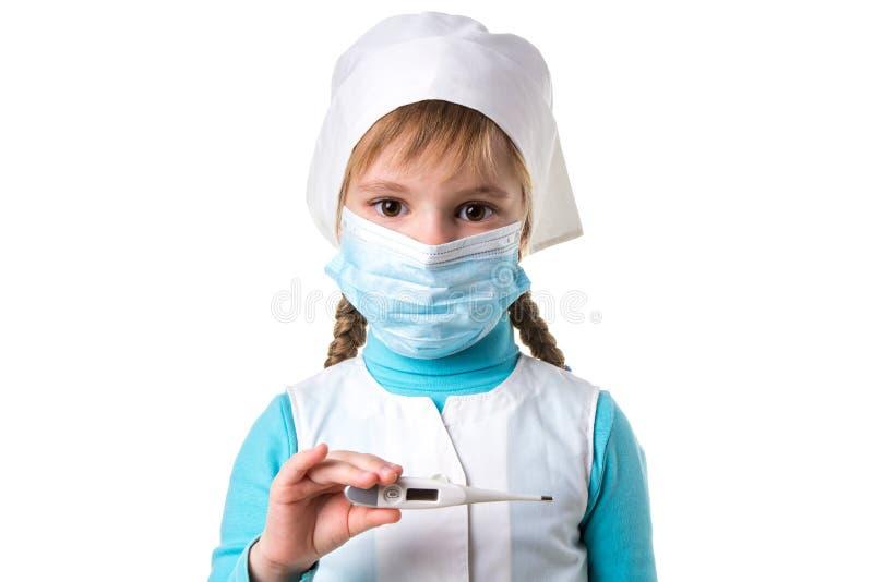 Termometro medico nella mano di un medico o di un infermiere Temperatura, febbre, influenza o attrezzatura diagnostica malata Str immagini stock
