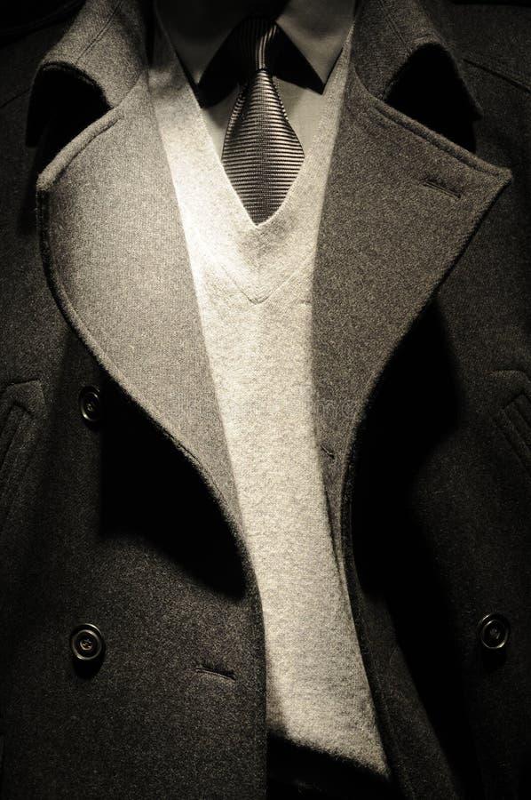 Terno moderno do homem de negócio com laço fotografia de stock