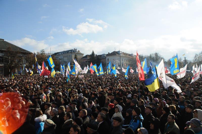 Ternopil, ΟΥΚΡΑΝΙΑ: Διαμαρτυρία σε Euromaydan σε Ternopil ενάντια στον Πρόεδρο Yanukovych στοκ φωτογραφία με δικαίωμα ελεύθερης χρήσης