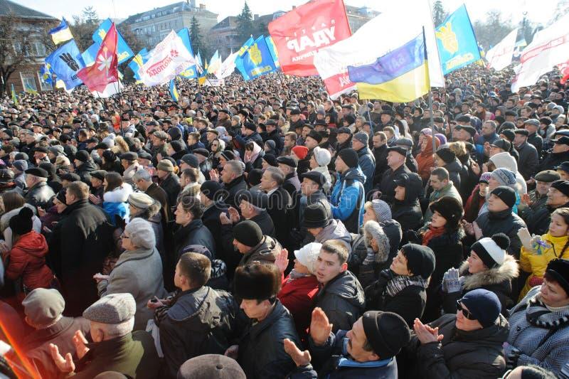 Ternopil, ΟΥΚΡΑΝΙΑ: Διαμαρτυρία σε Euromaydan σε Ternopil ενάντια στον Πρόεδρο Yanukovych στοκ εικόνα με δικαίωμα ελεύθερης χρήσης