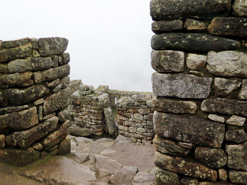 Terraços e casas antigas Machu Picchu fotos de stock
