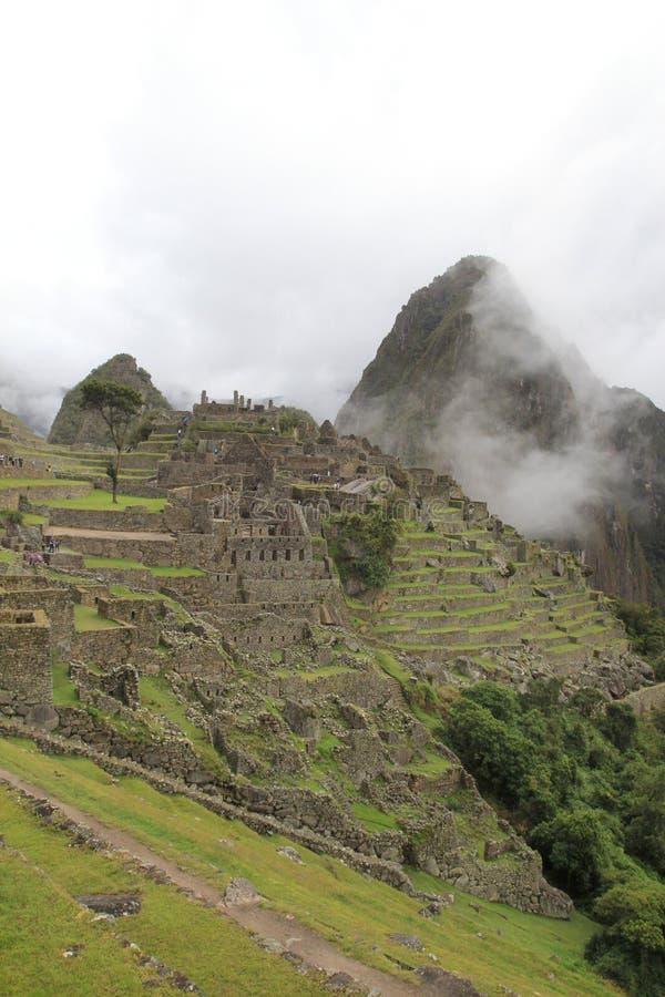 Terraços e cidade de Machu Picchu imagem de stock