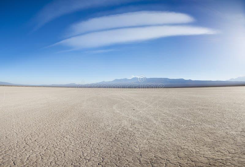 Terra com terra seca e rachada Pampas do EL Leoncito foto de stock royalty free