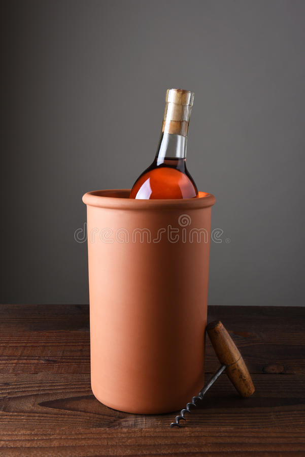 Terra Cotta Wine Chiller fotografia de stock royalty free