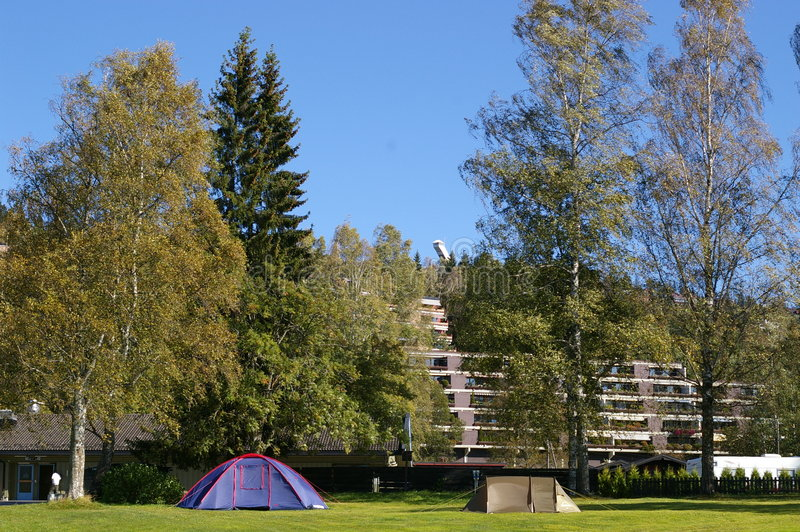 Terra de acampamento foto de stock royalty free