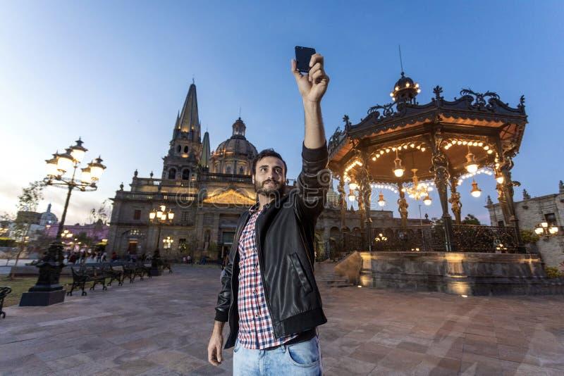 Terra de parada de Guadalajara da cidade Selfie foto de stock royalty free