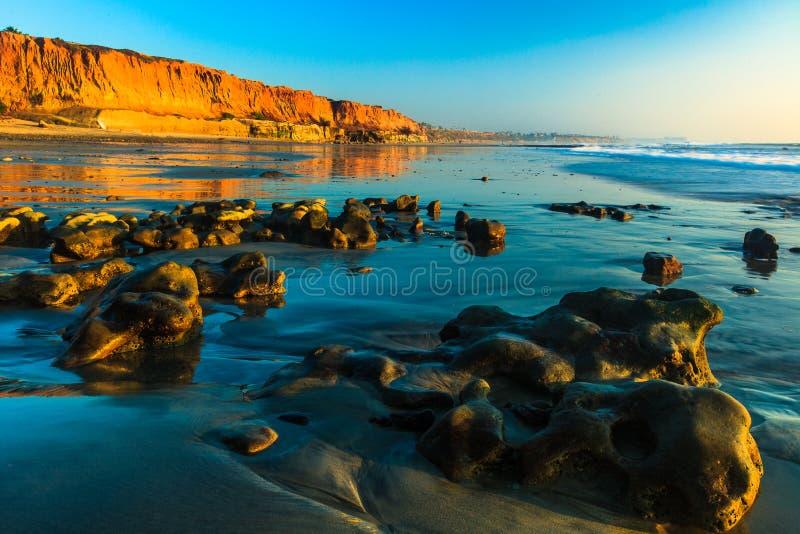 Terra Mar Beach w Sunset Carlsbad, Kalifornia fotografia stock