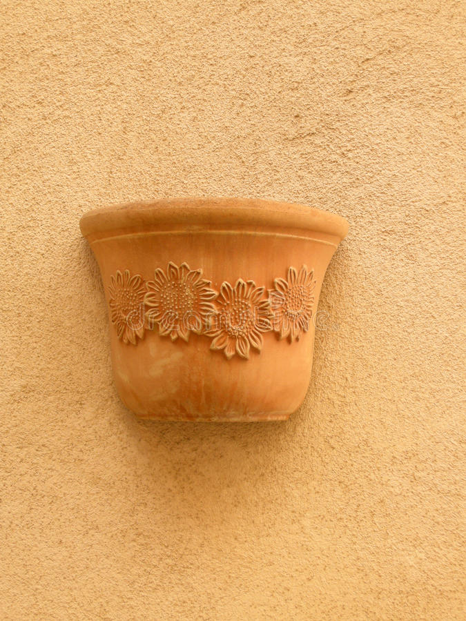Download Terracotta Pot Royalty Free Stock Image - Image: 19757486