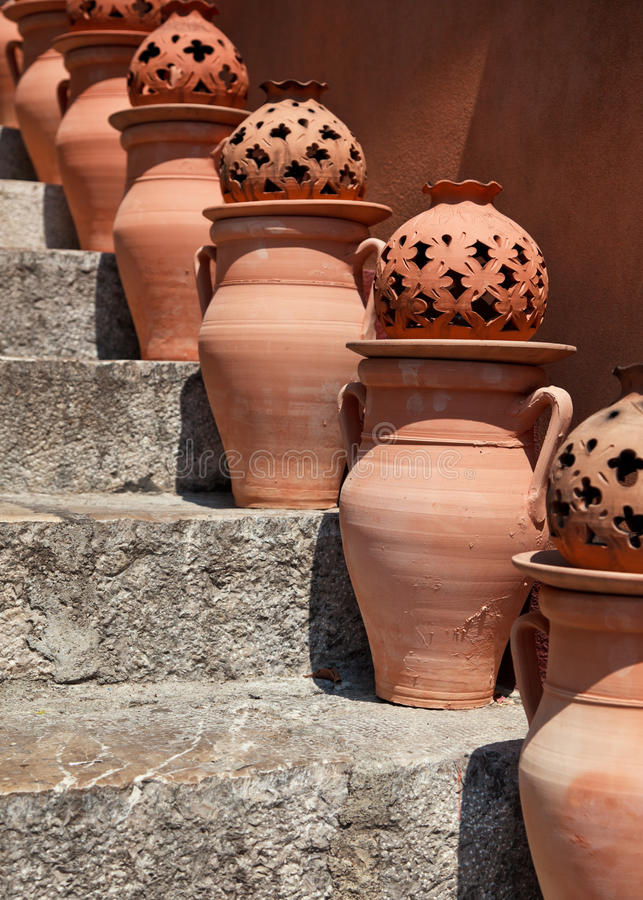 Download Terracotta Urns Royalty Free Stock Images - Image: 16849799