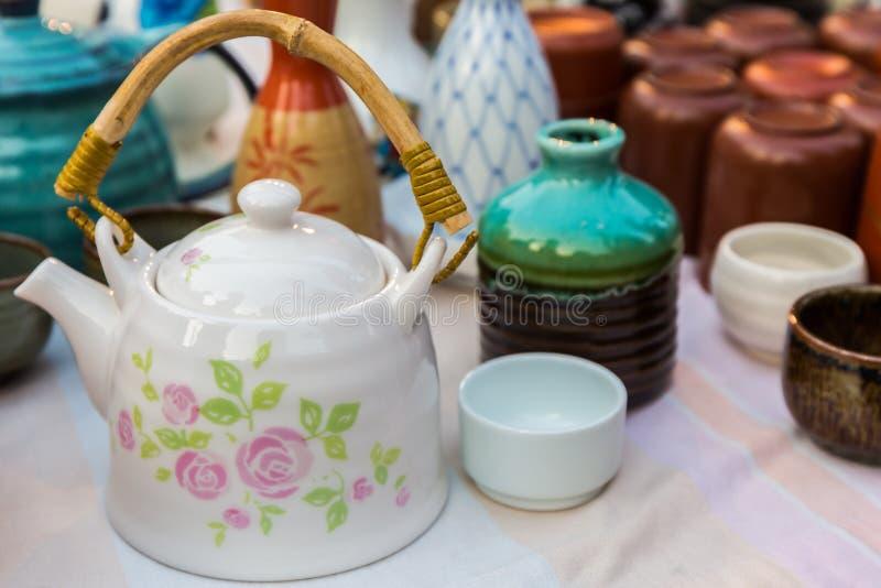 Terraglie ceramiche tradizionali del Giappone immagini stock libere da diritti